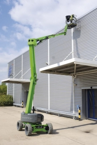 Nifty Light Weight HR17N 4x4 Hybrid Narrow Knuckle Boom Bi-Energy